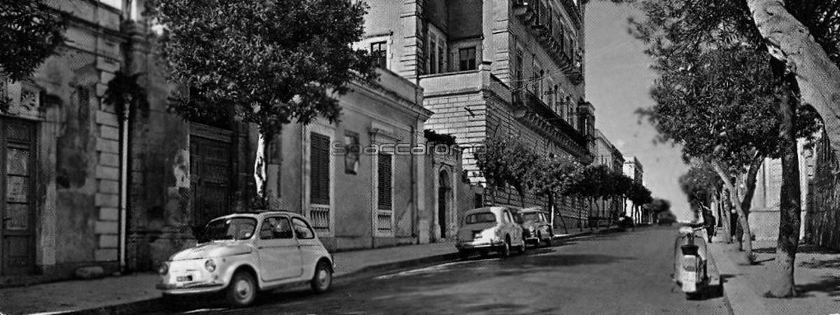 Veicoli in Corso Umberto